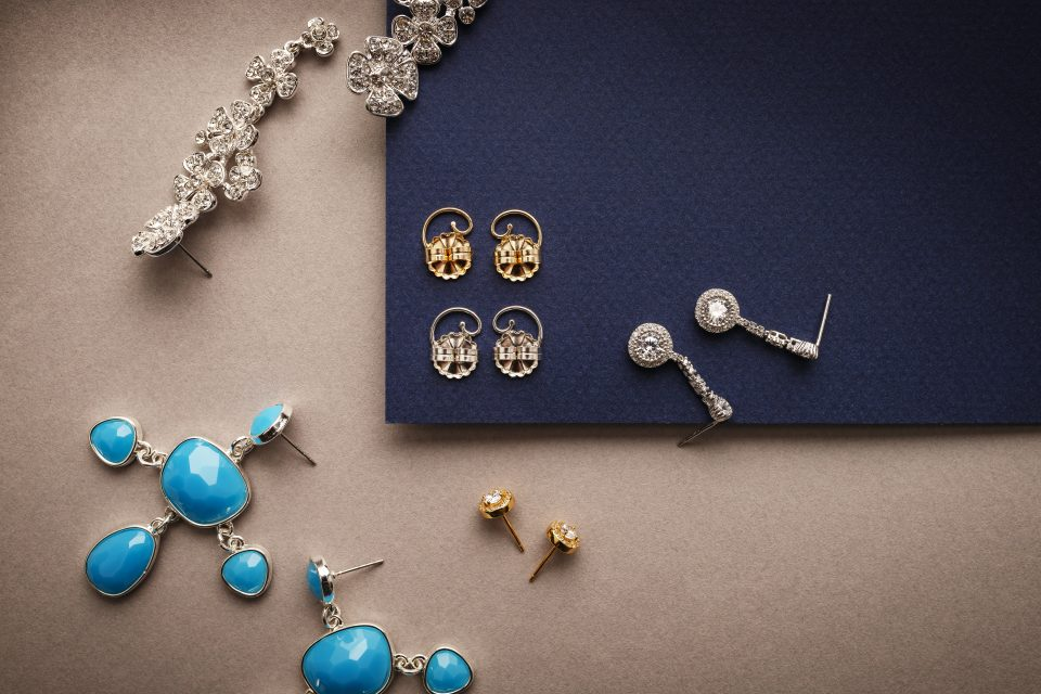Earring and earring backs to prevent sagging
